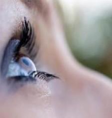 astigmatizm-simptomi-pricini